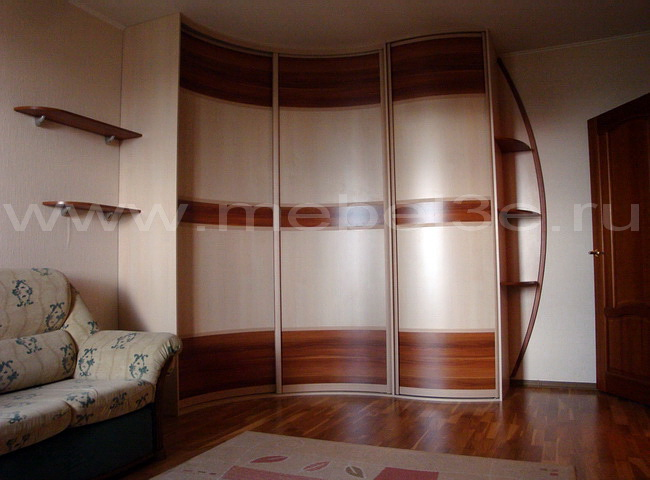 Радиусный шкаф 14