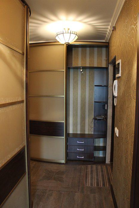 Радиусный шкаф 68-1