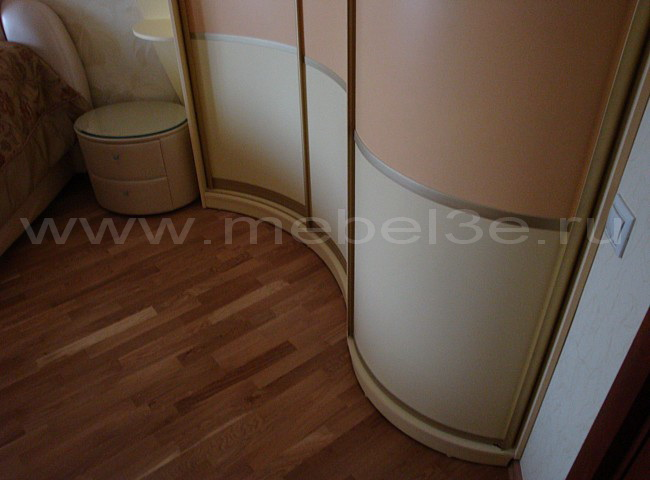 Радиусный шкаф 13-2
