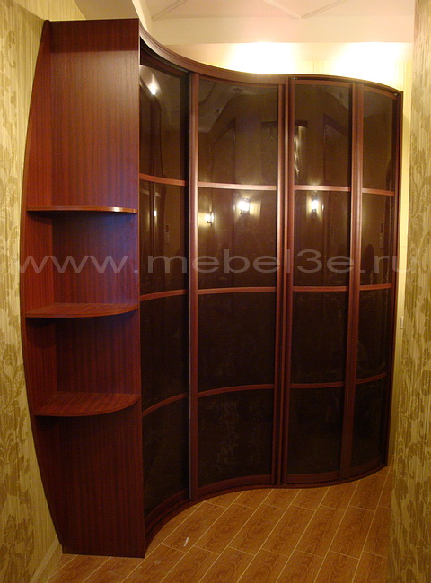 Радиусный шкаф 26