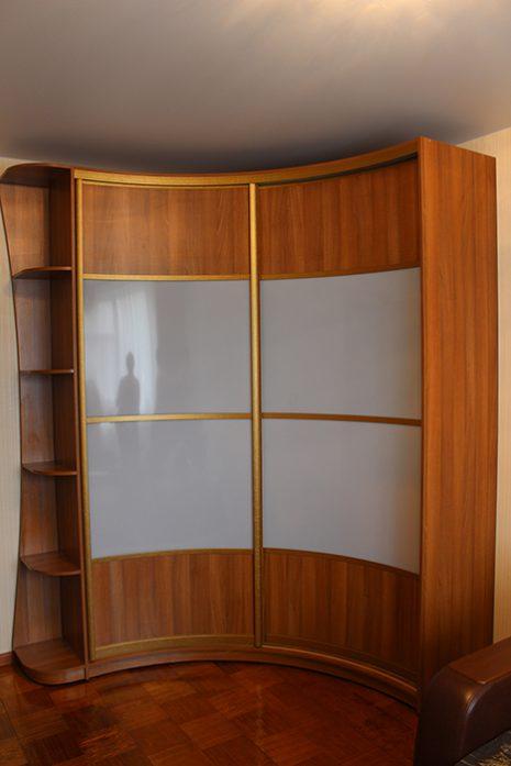 Радиусный корпусной шкаф