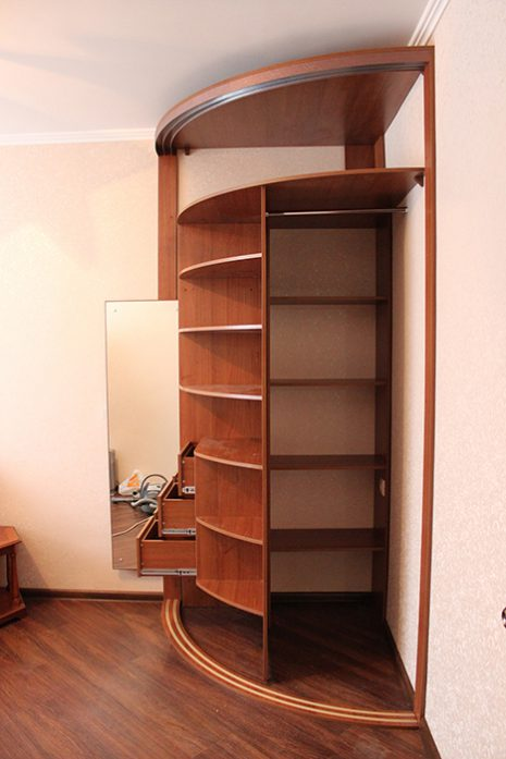 Радиусный шкаф 67-5