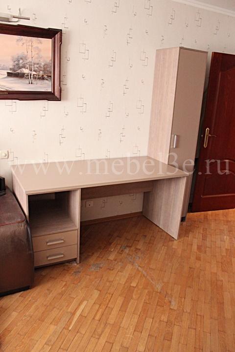 стол и пенал 1